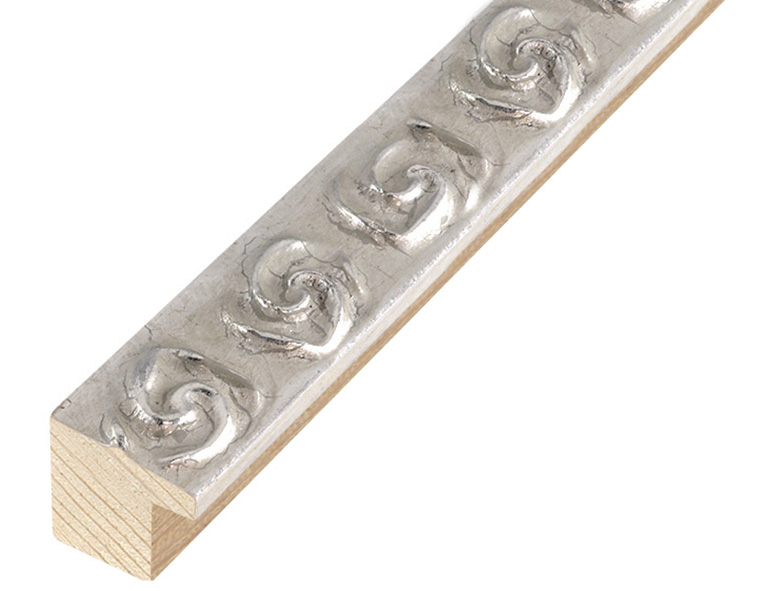 Corner sample of moulding 262ARG
