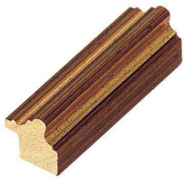 Corner sample of moulding 421ORO