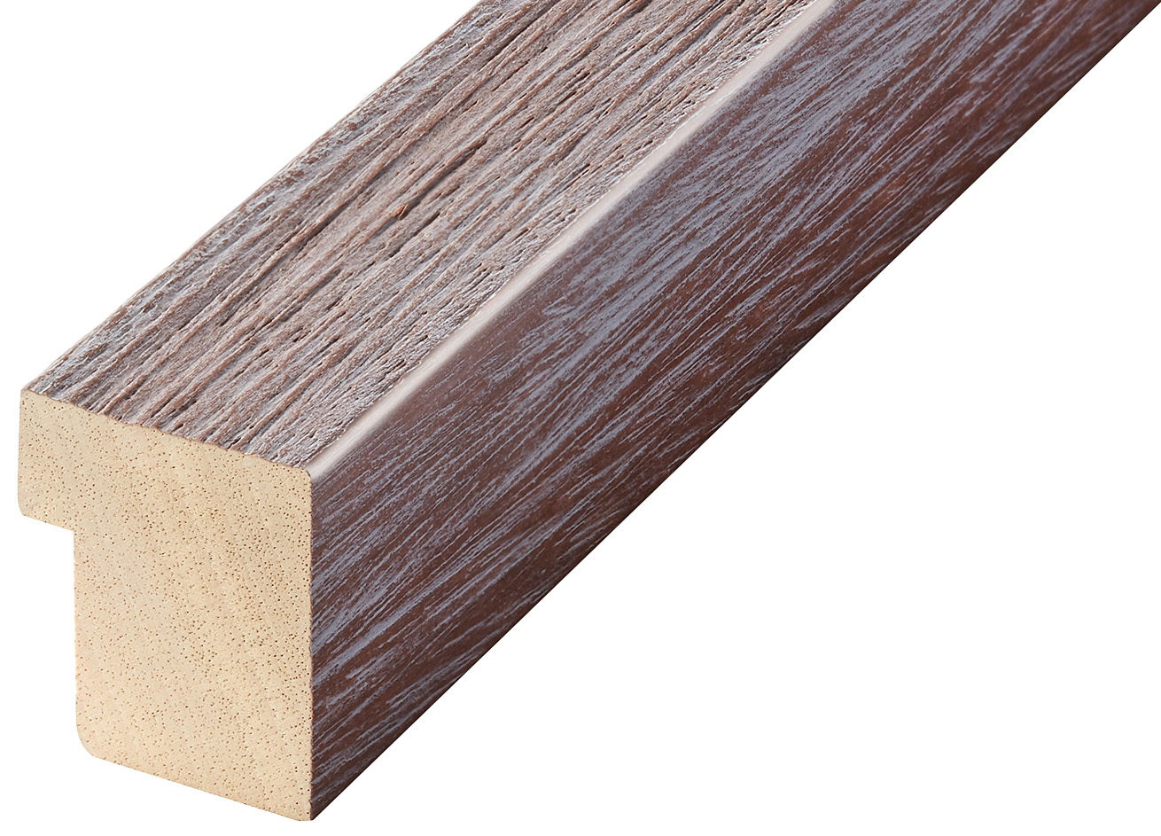 Corner sample of moulding 739PRUGNA