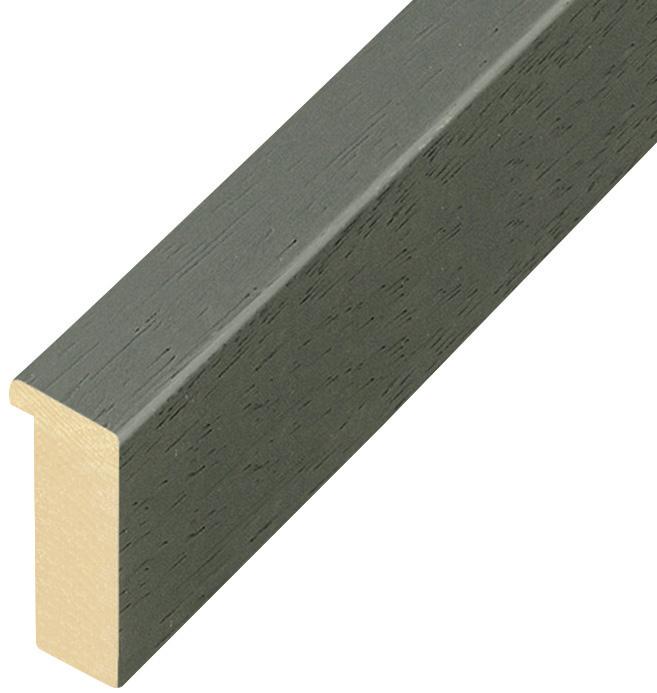 Corner sample of moulding 823FERRO