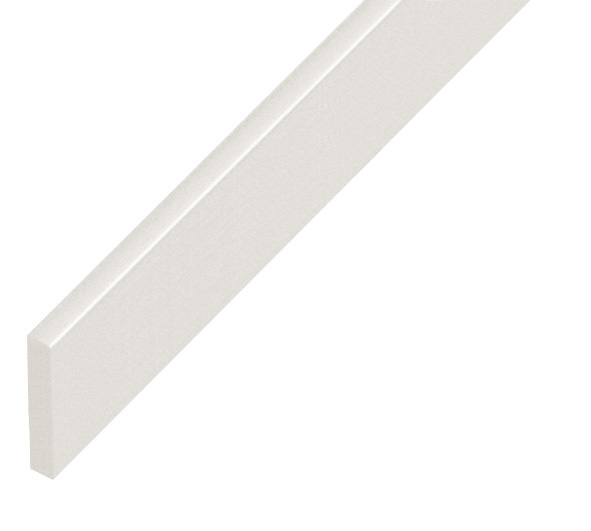 Straight sample of moulding P25BIANCO