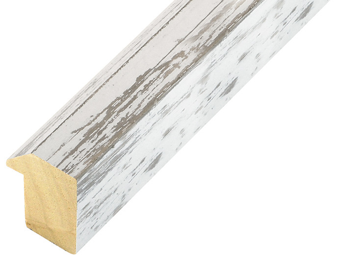 Moulding ayous, width 27mm, height 35, distressed white