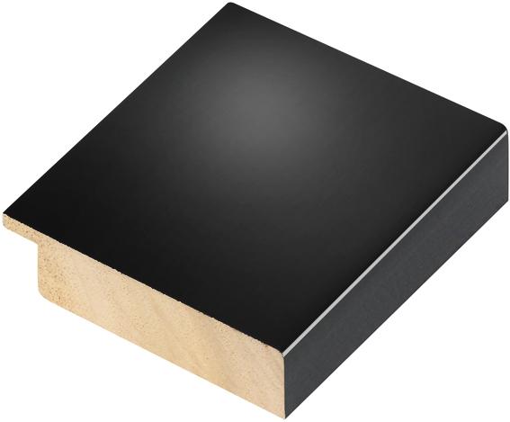 Corner sample of moulding 68NEROLUC