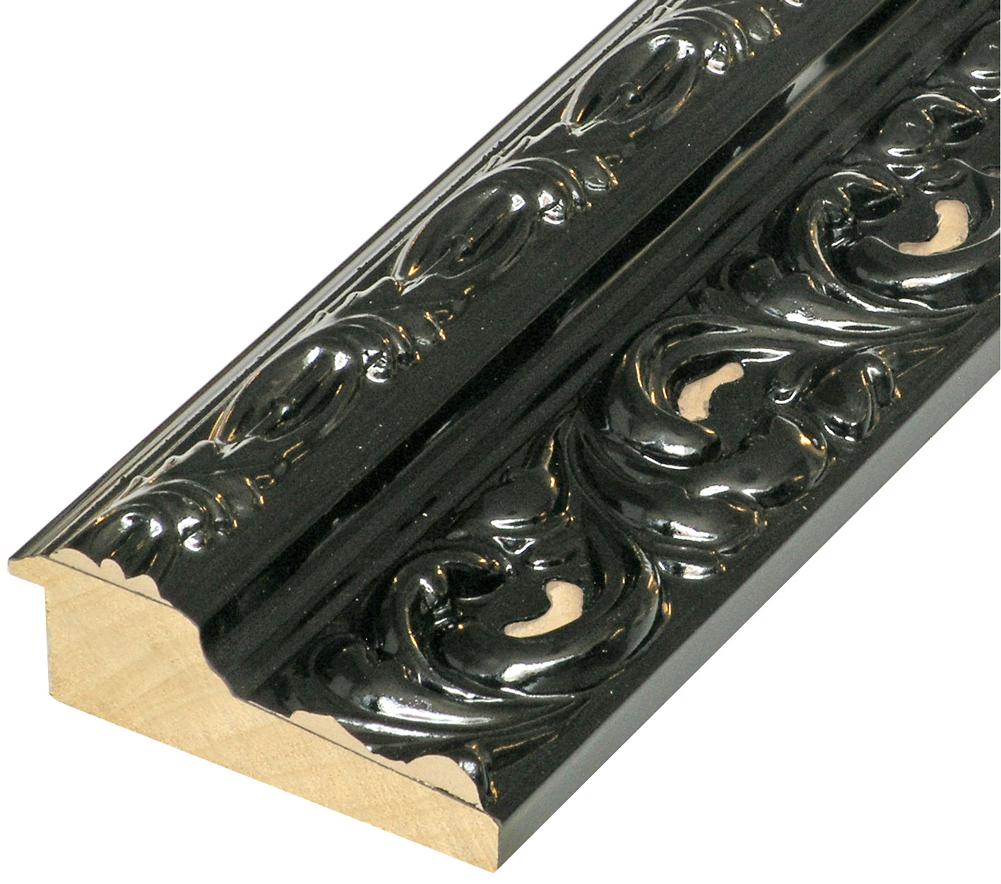 Moulding finger jointed pine Width 95mm - Glossy Black