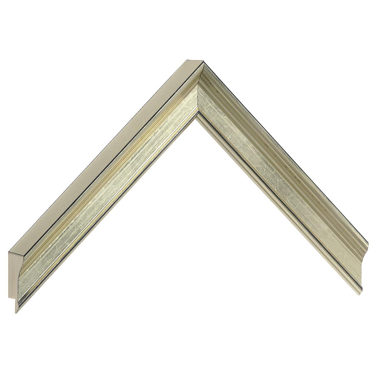 Moulding finger joint pine - width 23mm height 25 - platinum